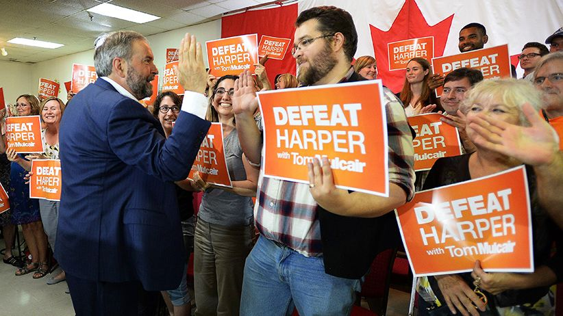 Is Quebec waving goodbye to the orange wave? Pollster Bruce Anderson on what's behind the NDP's Quebec slide, and whether the party underestimated Justin Trudeau   - NDP  leader Thomas Mulcair makes a campaign stop in Peterborough , Ontario on Wednesday, September 9, 2015.  (Sean Kilpatrick/CP)