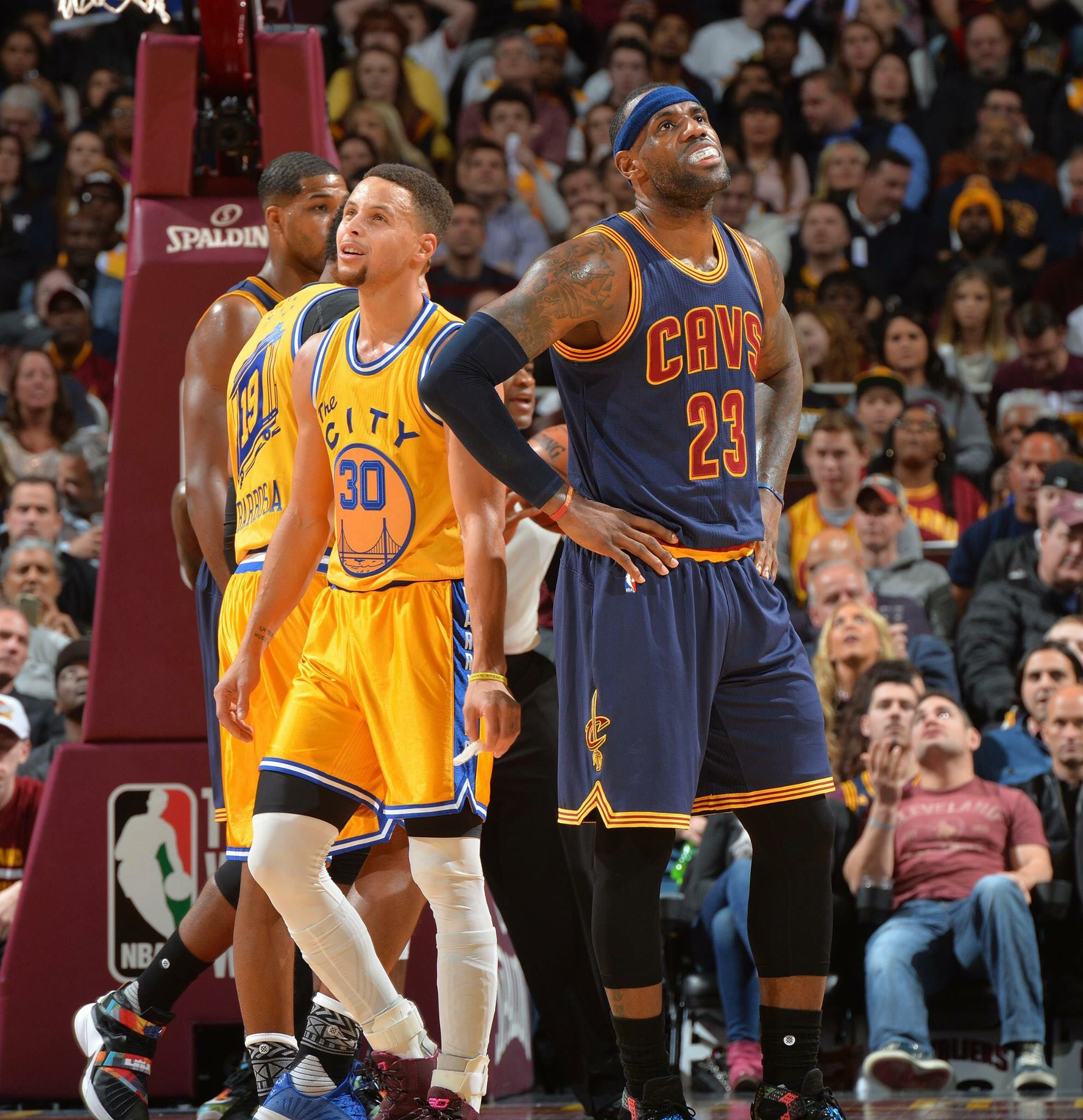 797080860b1 Steph Curry vs Lebron James