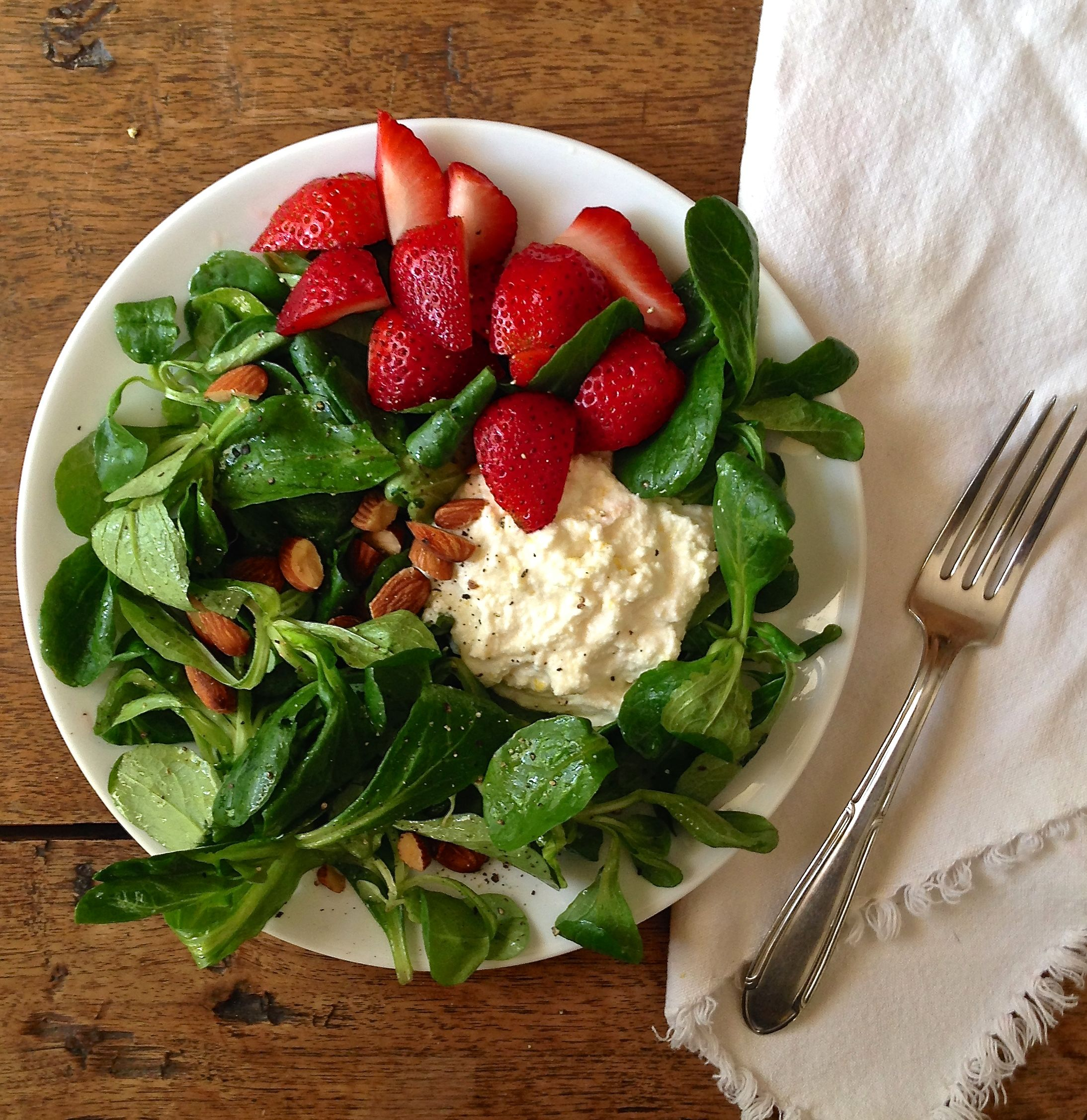 Watch Breakfast Salads Are a Thing, and Yes, You Should Be EatingThem video