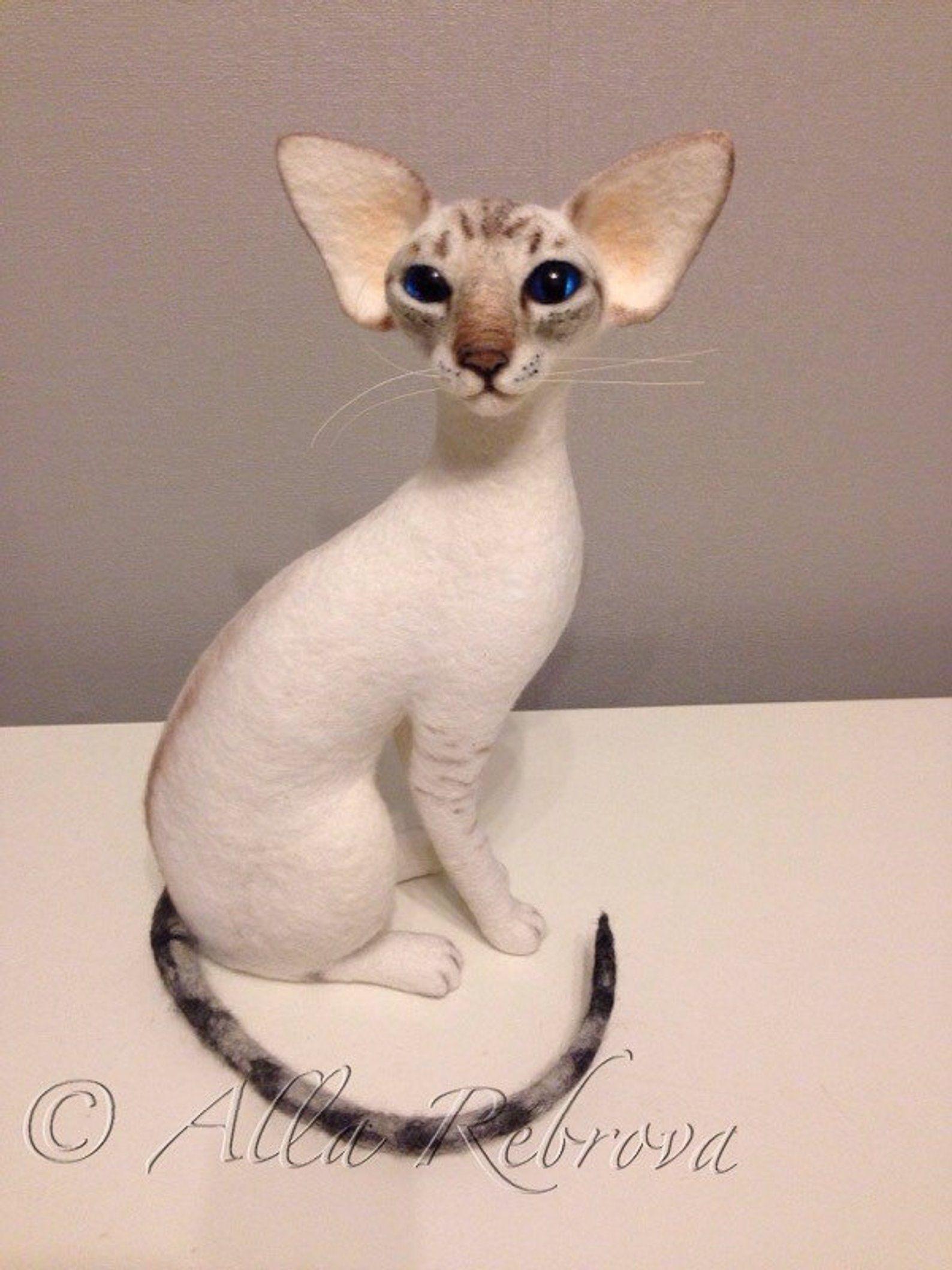 Custom Needle Felted 100 Wool Siamese Cat Sculpture Etsy Pet Replica Felt Cat Siamese Cats