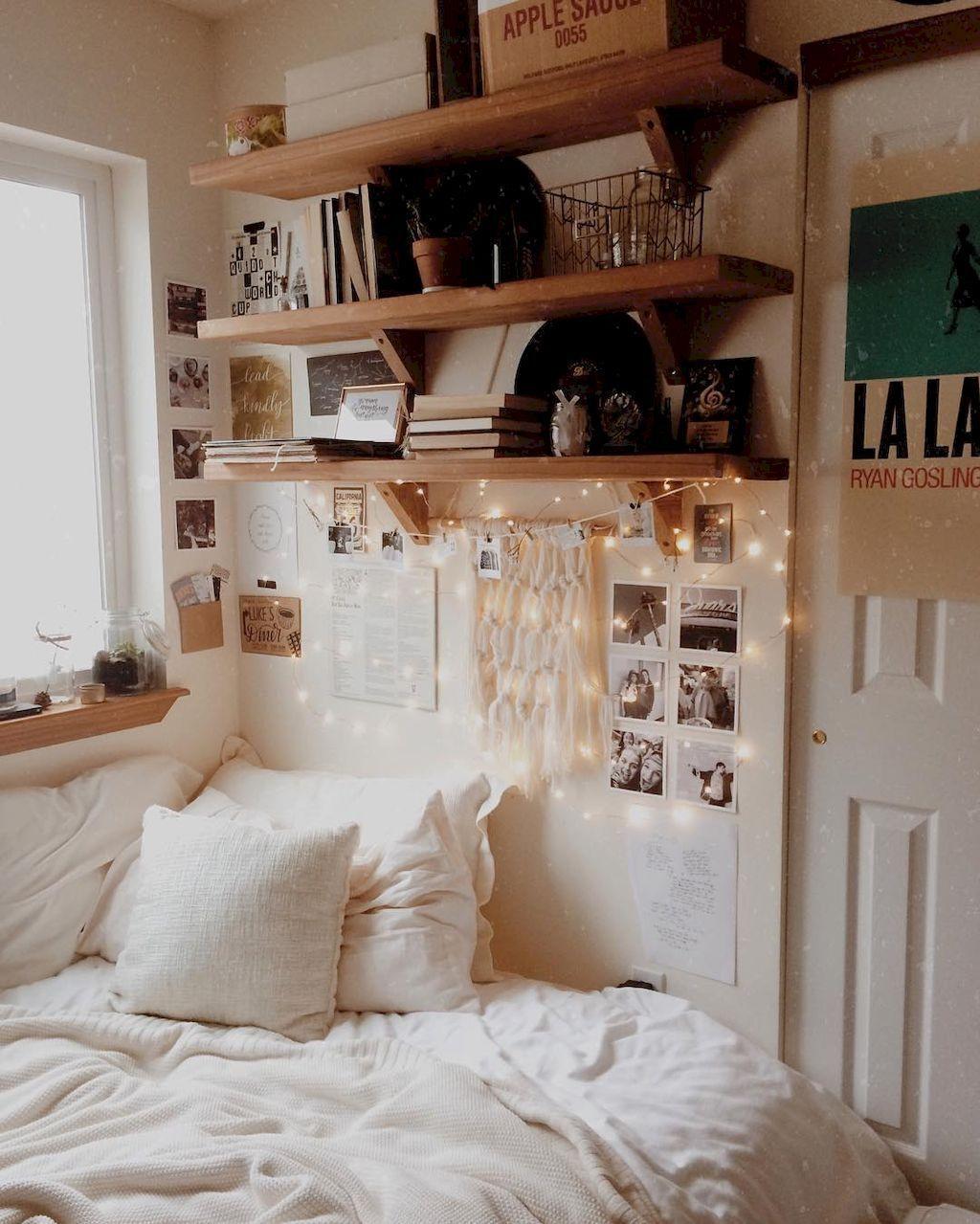 Wandplanken boven bed - Bed | Pinterest - Studentenkamer, Slaapkamer ...