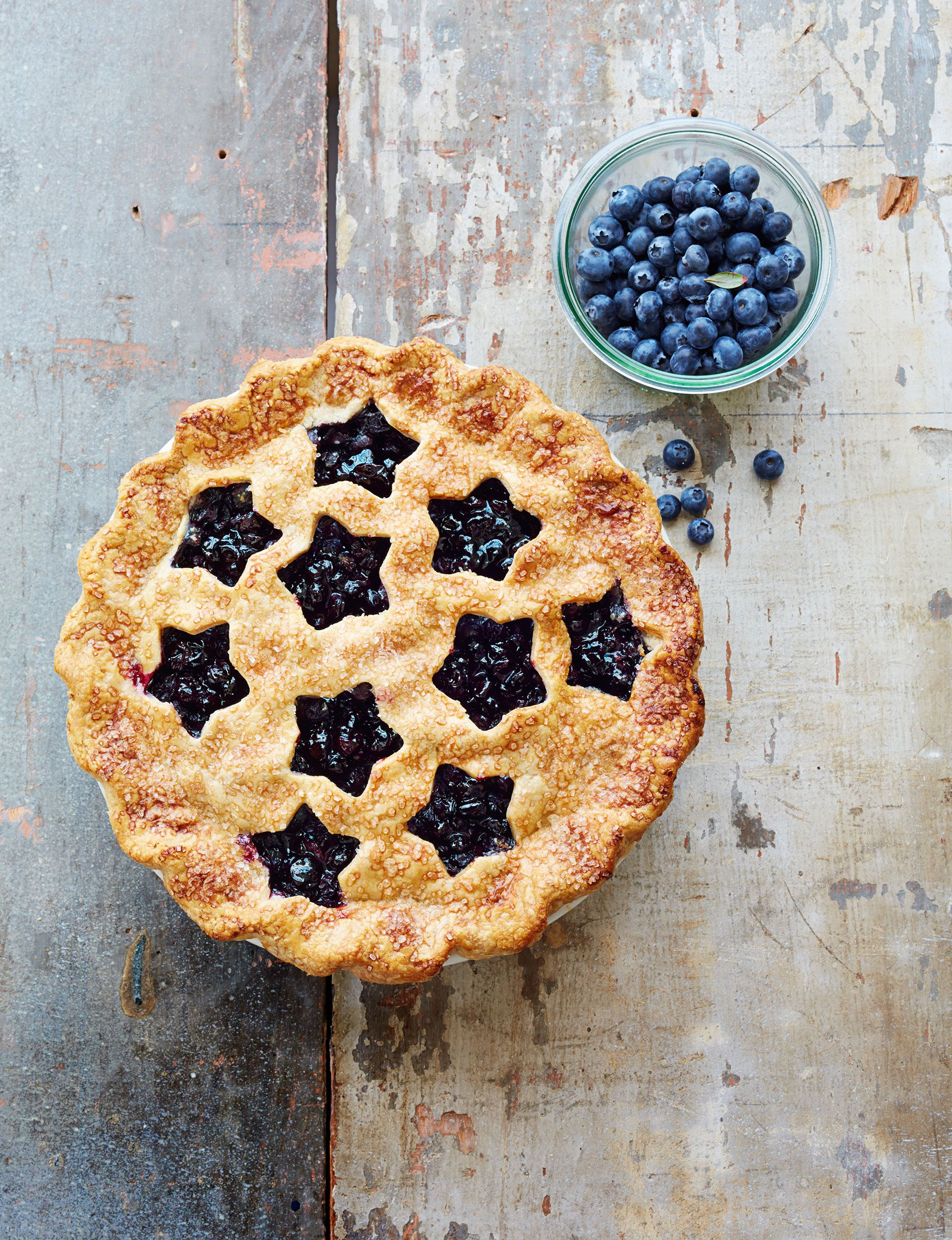 Cutaway Blueberry Pie