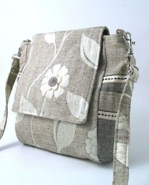 3 WAY BAG -wear it as back pack, soulder bag or messenger handbags by daphne