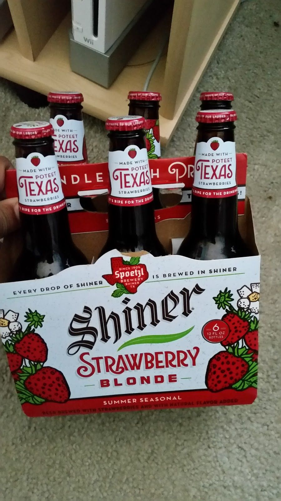 Chillin 39 The Other Day With A New Beer Shiner In Their Strawberry Blonde Also Went Back To Liberty Creek Merlot Strawberry Strawberry Blonde Wine Guide