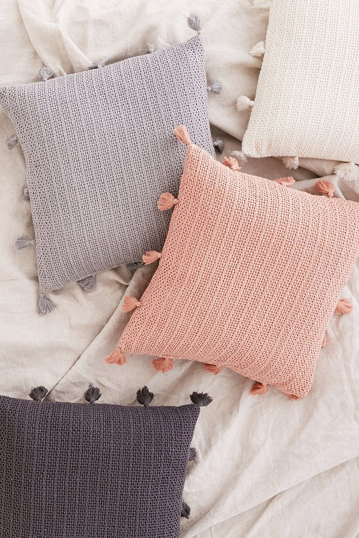 Декоративные подушки своими руками: 34 идеи для создания уюта | Декоративные подушки, Подушки, Подушки своими руками