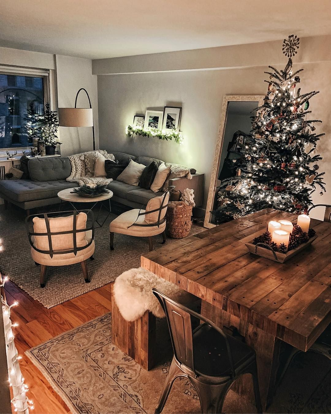 Living Room Inspo First Apartment Decorating Christmas Decorations Living Room Small Apartment Living Room