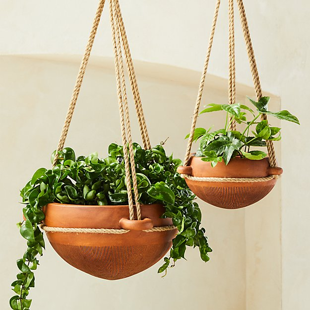 Salvador Brown Hanging Planters Cb2 In 2021 Hanging Planters Indoor Hanging Planters Outdoor Large Hanging Planters
