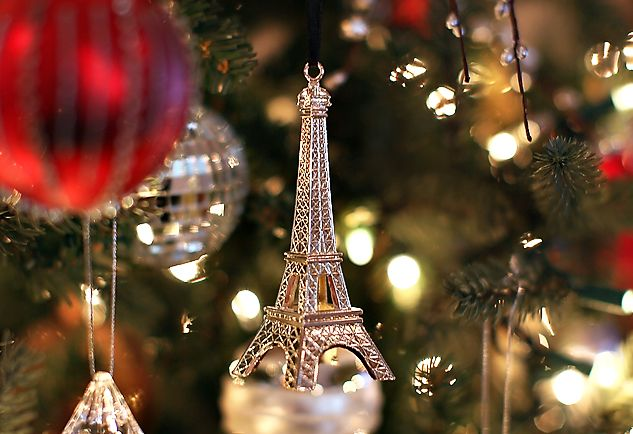 Eiffel Tower Christmas Tree Ornament! Holidays Pinterest