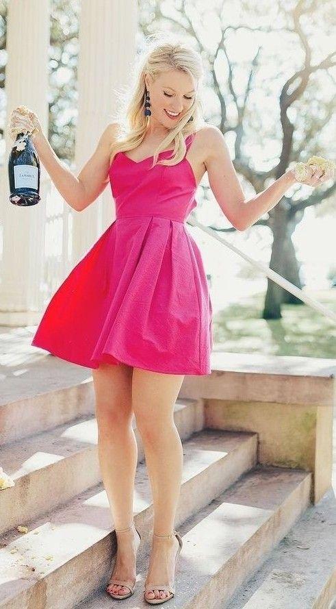 Pin de Silver en sexy heels.   Pinterest   Vestido rosado y Vestiditos