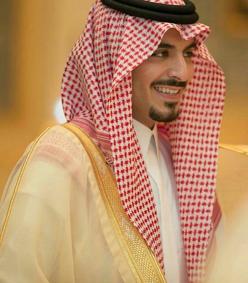 الامير مشعل بن سلطان تحس ريحتهم دهن عوود وبخور Celebrities National Day Saudi Fashion