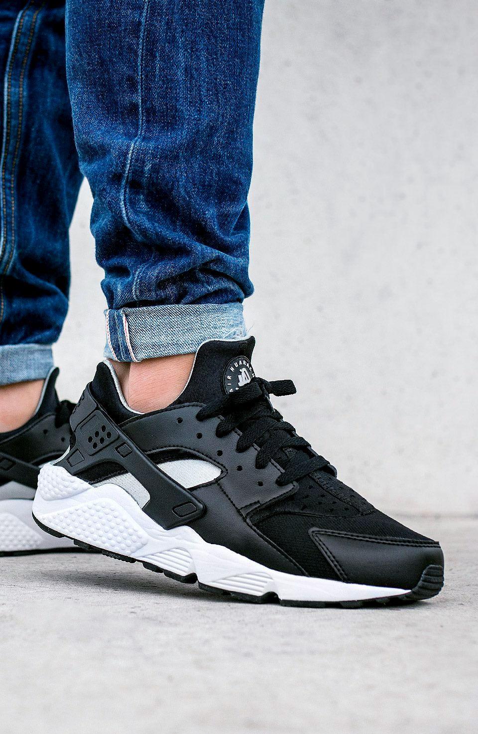 Chaussures Habillées : Asics,Nike,Puma,New Balance,Adidas