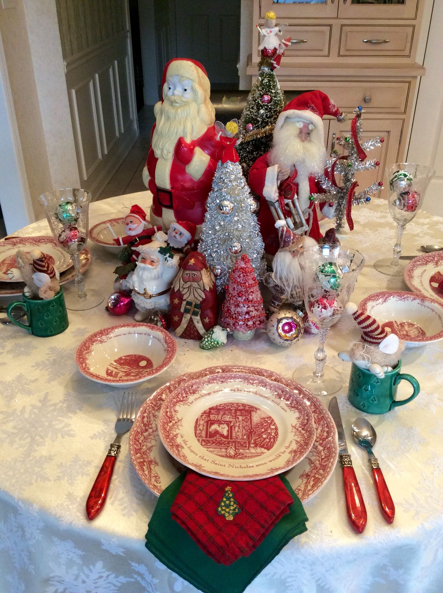 Twas The Night Before Christmas Red Transferware Dishes By Johnson Brothers Home Goods Retro Christmas Tree Christmas Table Decorations Christmas Tableware
