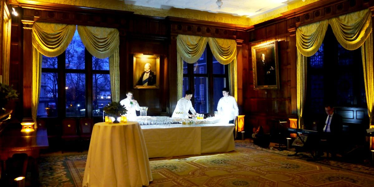 A drinks reception in The Parliament Chamber at Middle Temple Hall is one worth remembering... http://www.prestigiousvenues.com/venue/middle-temple-hall/