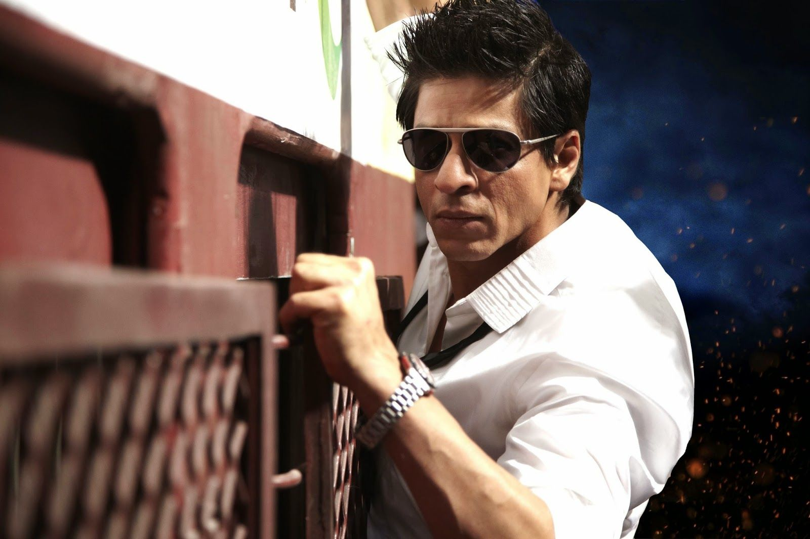 Fine Super HD Wallpapers: Shahrukh Khan BOLLYWOOD ACTORS, dashing, desktop wallpaper, download, free, handsome, hd, hd wallpaper, khan, king khan, ra one, ...