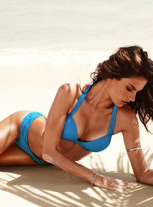 sexy-bikini-babes-xxx
