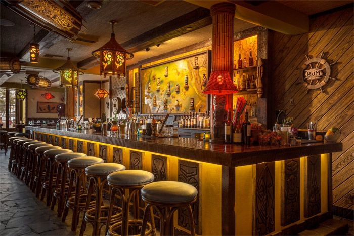 Super Cool Bar: Latitude 29 Tiki Bar In New Orleans French Quarter!