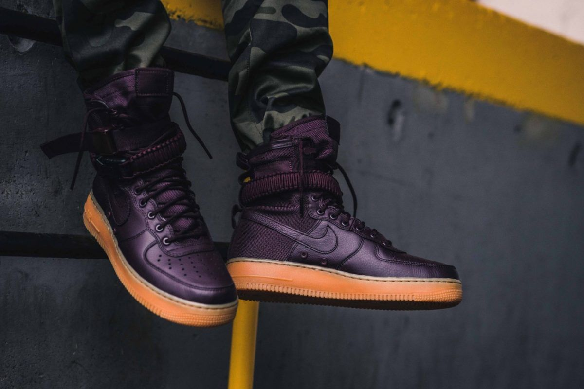 nike sf air force 1 burgundy 864024 600 mood 1 | Burgundy