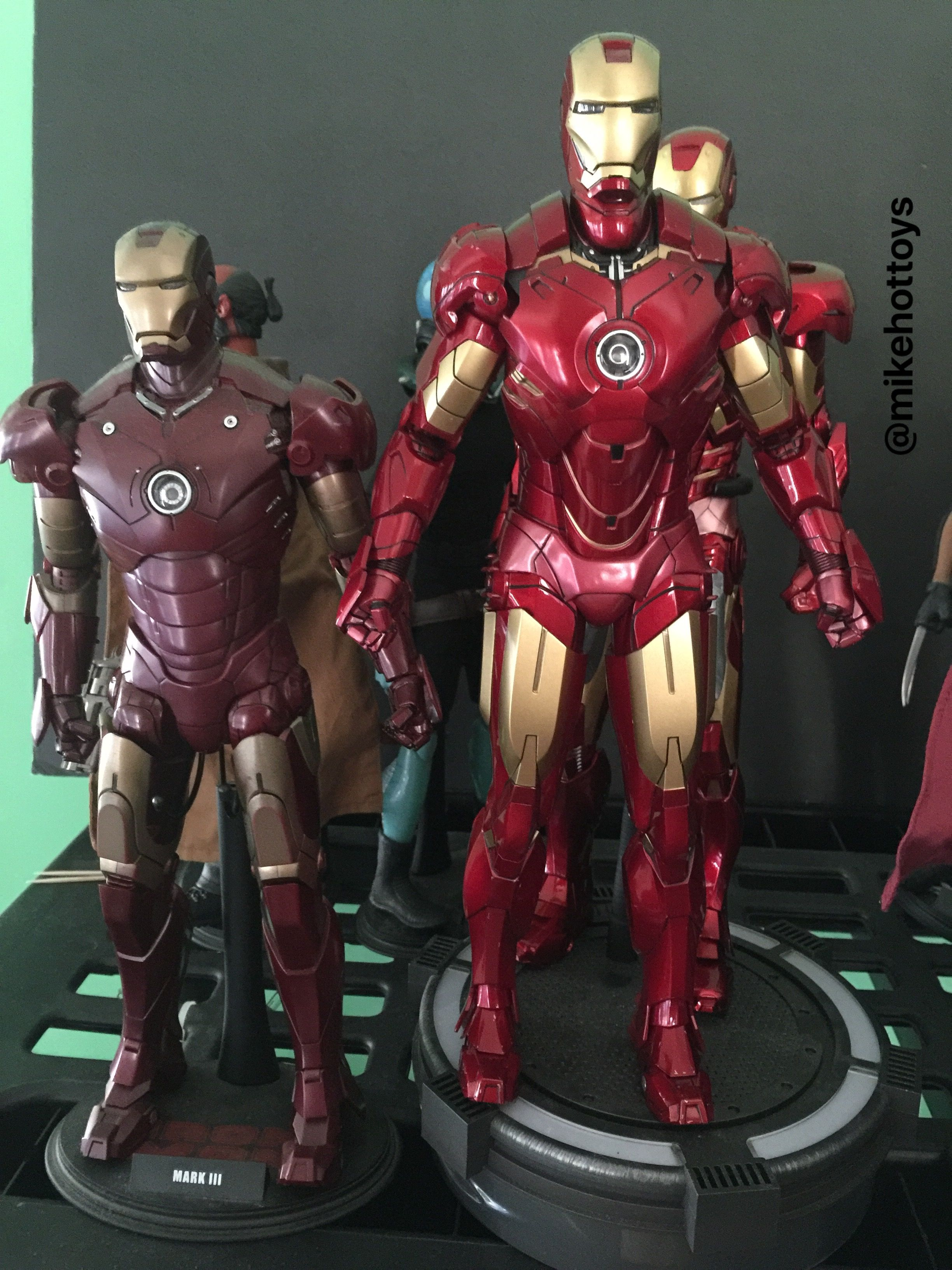 Pin By Mike Roe On Mikehottoys Hot Toys Ironman Collection Iron