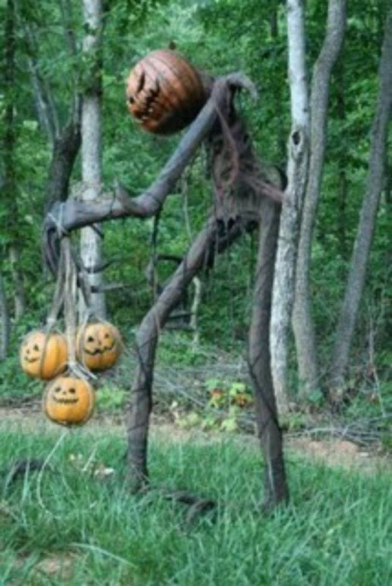 Cool outdoor halloween decorating ideas 22