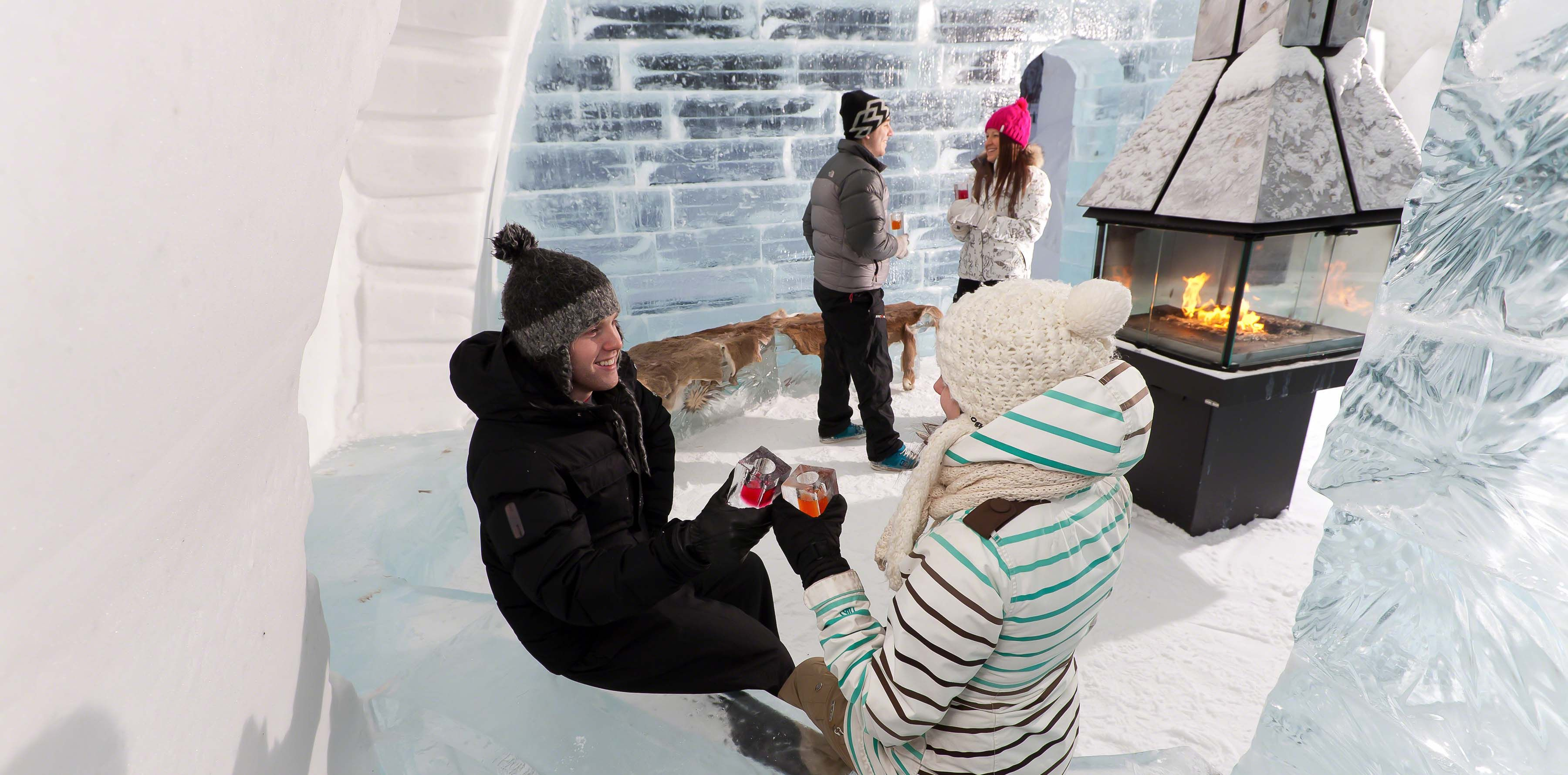 Hotel De Glace Quebec Roulez Magazine Ice Bars Summer Heat