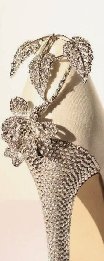 Summer 2014 :  Bridal Shoes - Diamonds Detail ,,,https://www.facebook.com/essentialandfashion/photos/a.177471735712992.37468.174967495963416/549440071849488/?type=1&theater