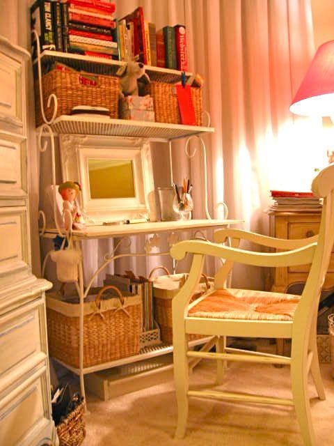 Re Purpose A Backers Rack Creating An Elegant Vanity Desk