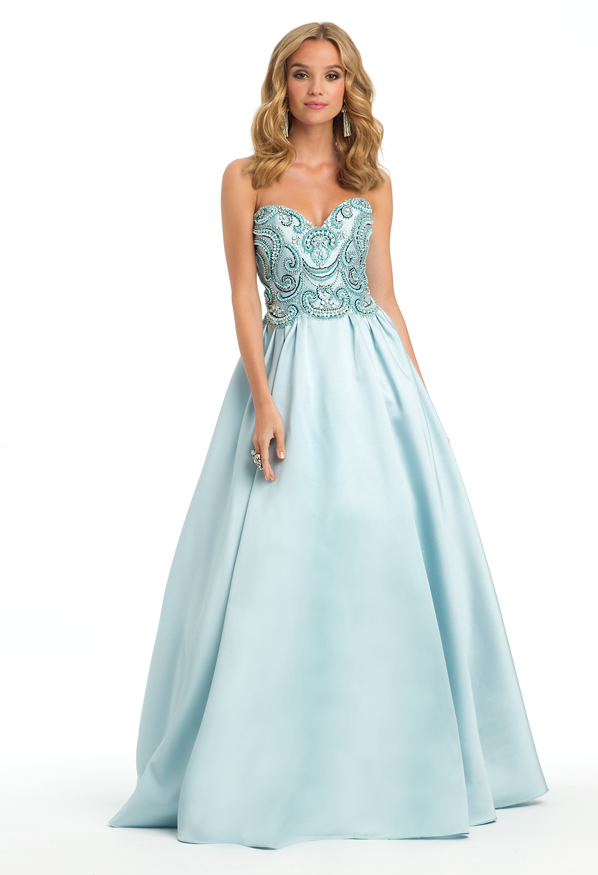 Look And Feel Like Cinderella In This Formal Evening Gown The
