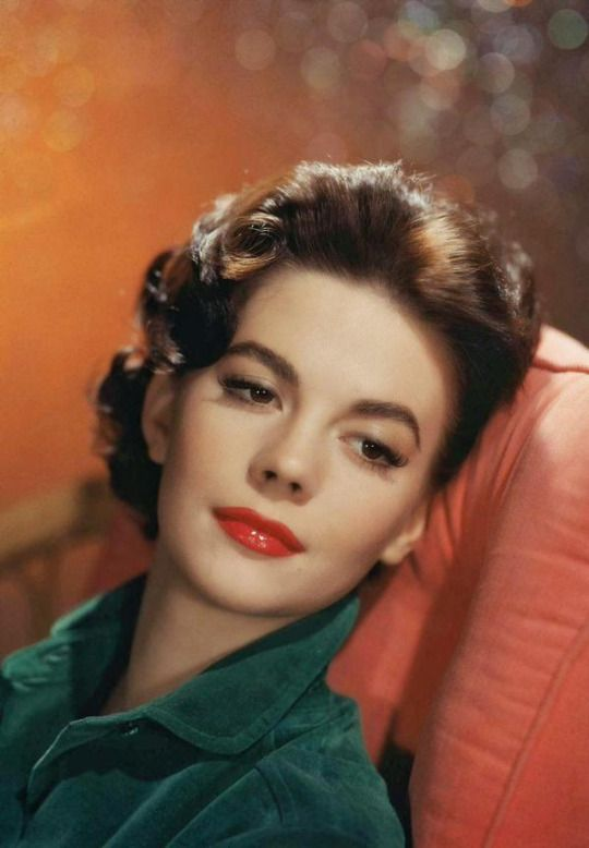 natalie wood hair and beauty pinterest. Black Bedroom Furniture Sets. Home Design Ideas