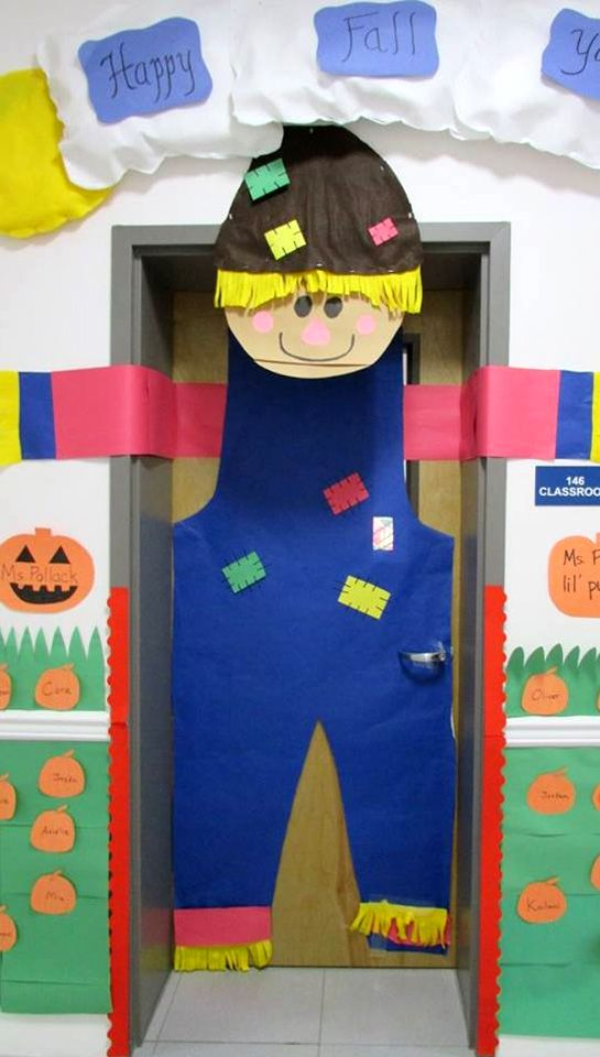 Happy Fall Classroom Door Decoration