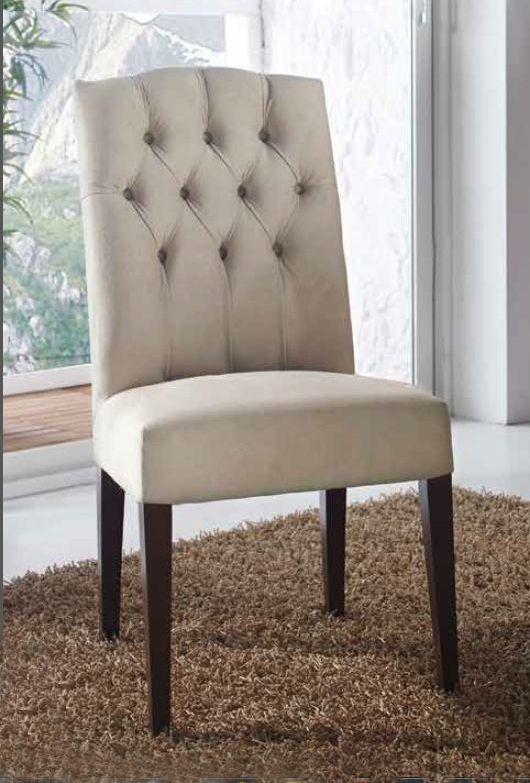 silla tapizada de comedor en capiton artesanal de haya