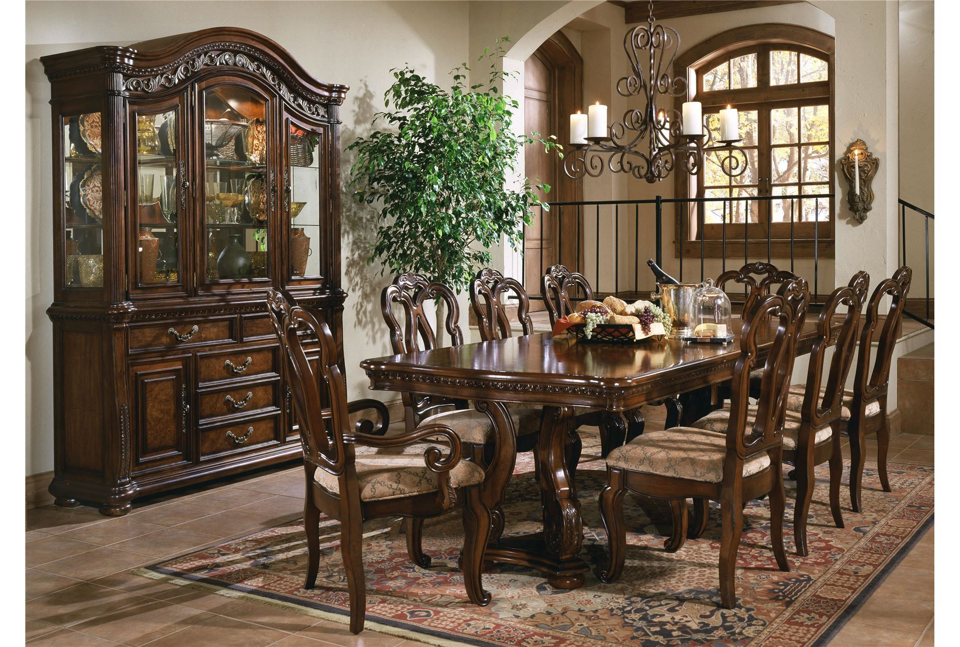 Best San Marino 7 Piece Dining Set Living Spaces Dining Room 400 x 300