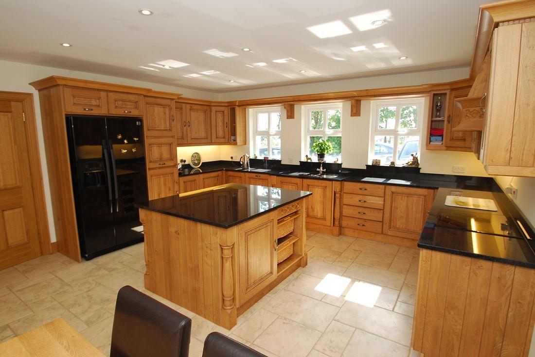 Oak Kitchen Black Granite Worktop