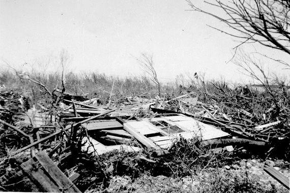 10 Storm Cellar And Tornado Safe Room Design Ideas Vintage Photo