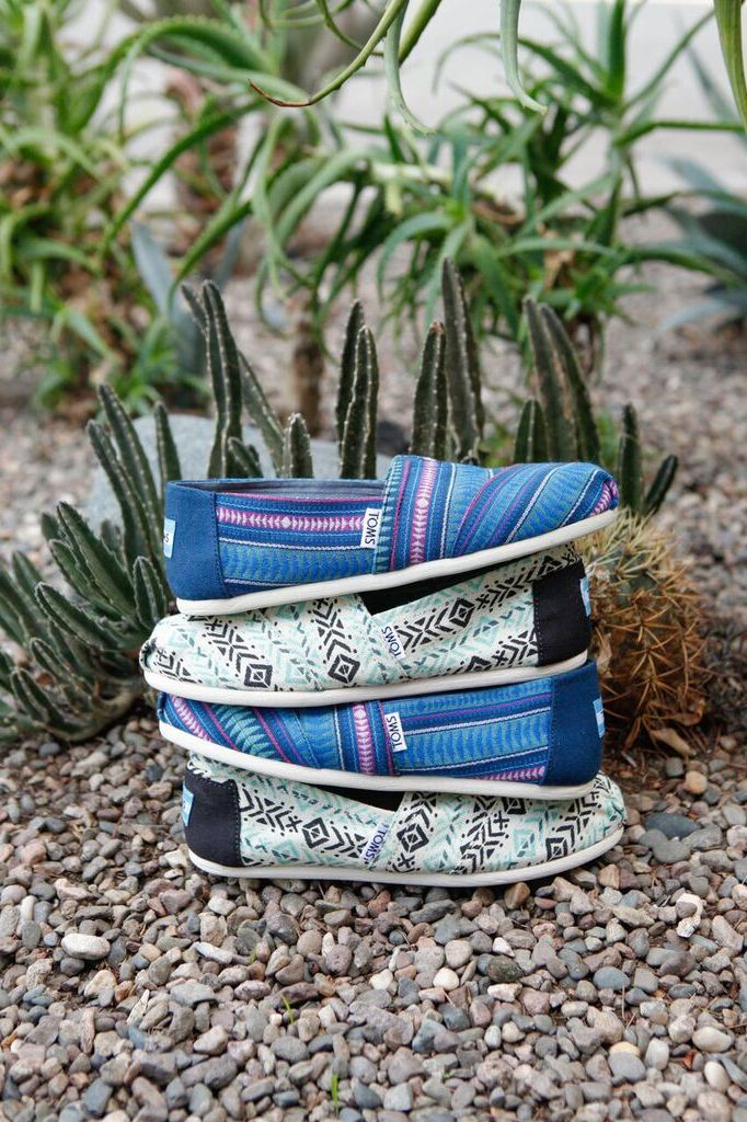 ef1ff54578a Get the blues with tribal printed TOMS Women s Classics.
