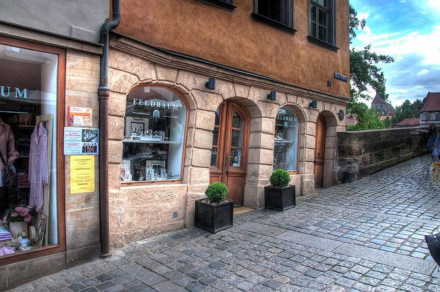 the crooked house bamberg in germany orte bamberg. Black Bedroom Furniture Sets. Home Design Ideas