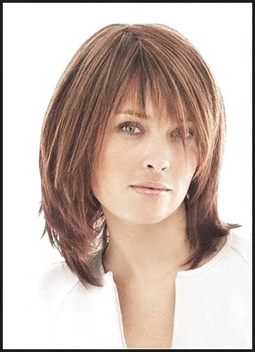Pin Von Antje Fassbinder Auf Frisuren In 2020 Frisuren Mittellanges Haar Ab 50 Frisuren Halblang Gestuft Modische Frisuren