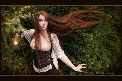 Épinglé par LesArtsdePandore sur Fantasy Coiffures pour