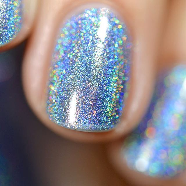 Beautiful swatch of our new Spring Ultra Holo, Skyscraper, by @theminteablog! Available for Pre-Order tomorrow at 11AM Pacific! #ILNPSkyscraper