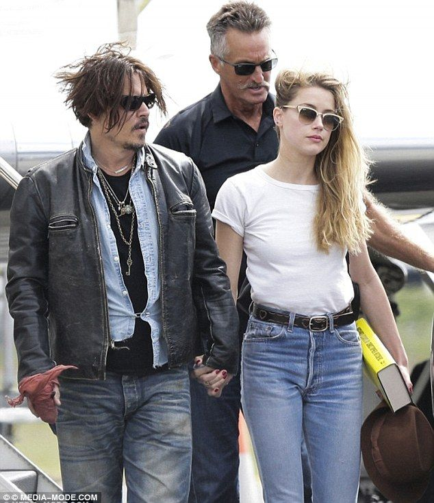 Johnny Depp And Amber Heard S Jet Searched Johnny Depp Johnny Depp And Amber Amber Heard
