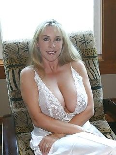 bangedchickas.com is just hot and free milf porn site