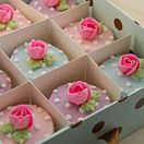 Cakes by courier - Cakeadoodledo.co.uk----- what a great way to package cupcakes for gifting