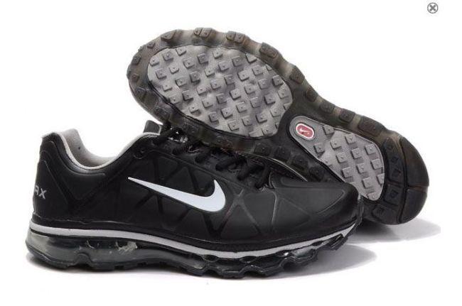 Chaussures Nike Air Max 2011 Hommes