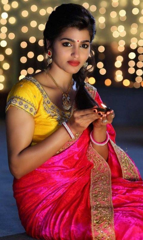 Красивые девушки 50 фото | Красивое сари, Индийские ...