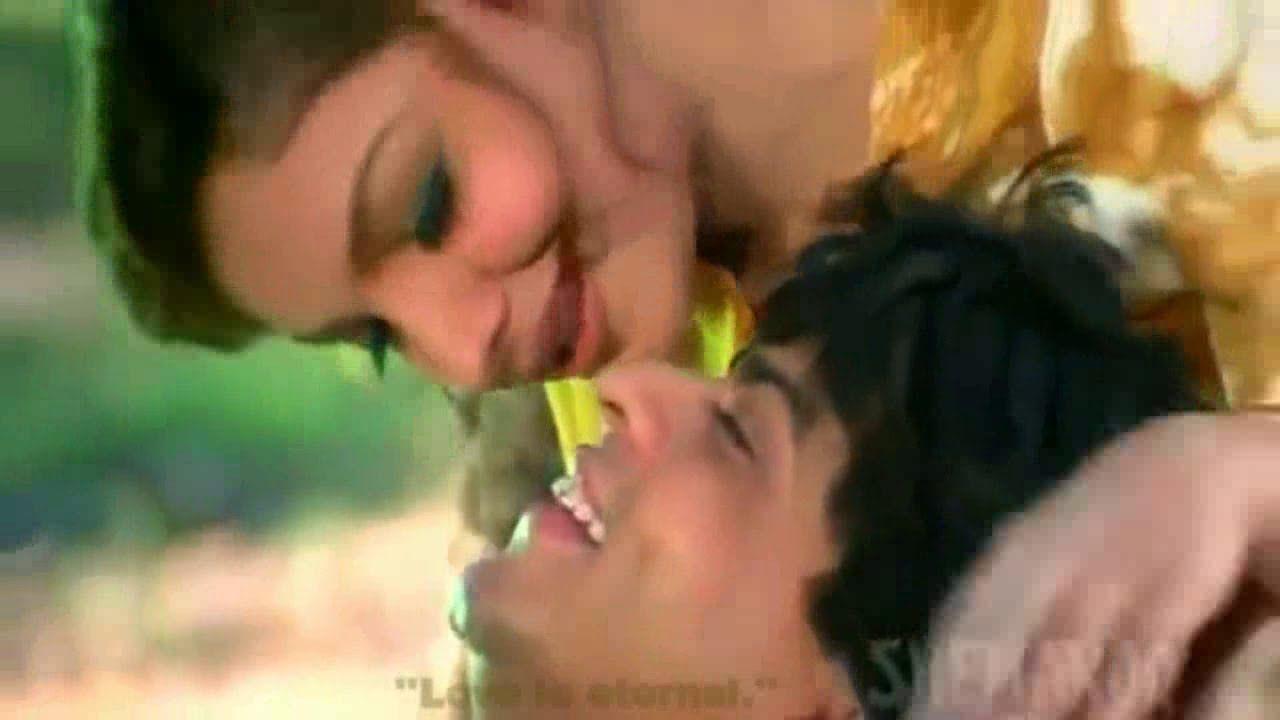 Chaahat Na Hoti Kuch Bhi Na Hota -HD (English Subs)