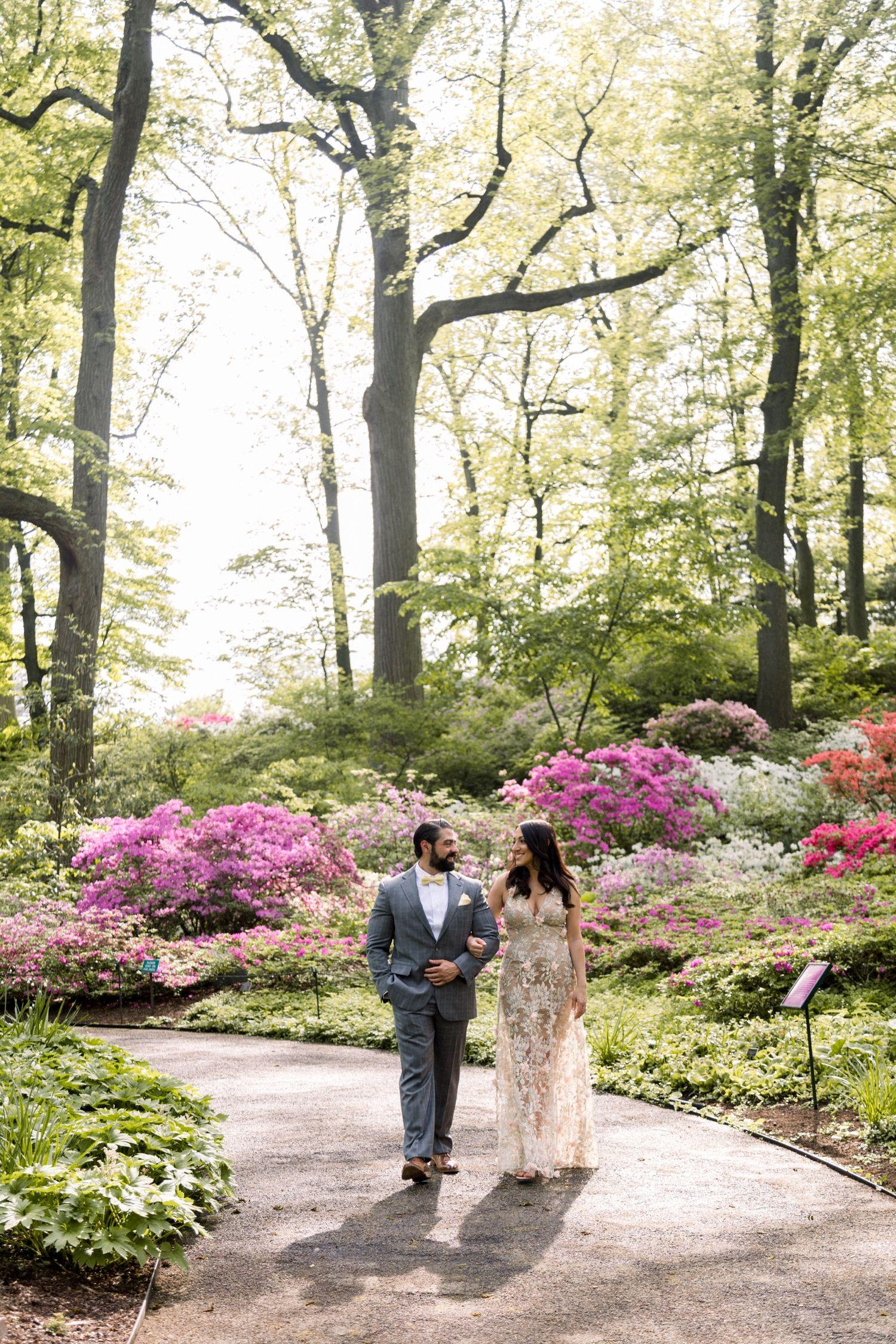 Victor + Yana Botanical gardens wedding, Botanical gardens