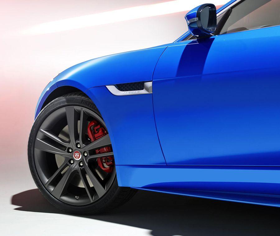The Jaguar F Type British Design Edition Is A Study In Contemporary British Design Jaguar F Type British Design Jaguar