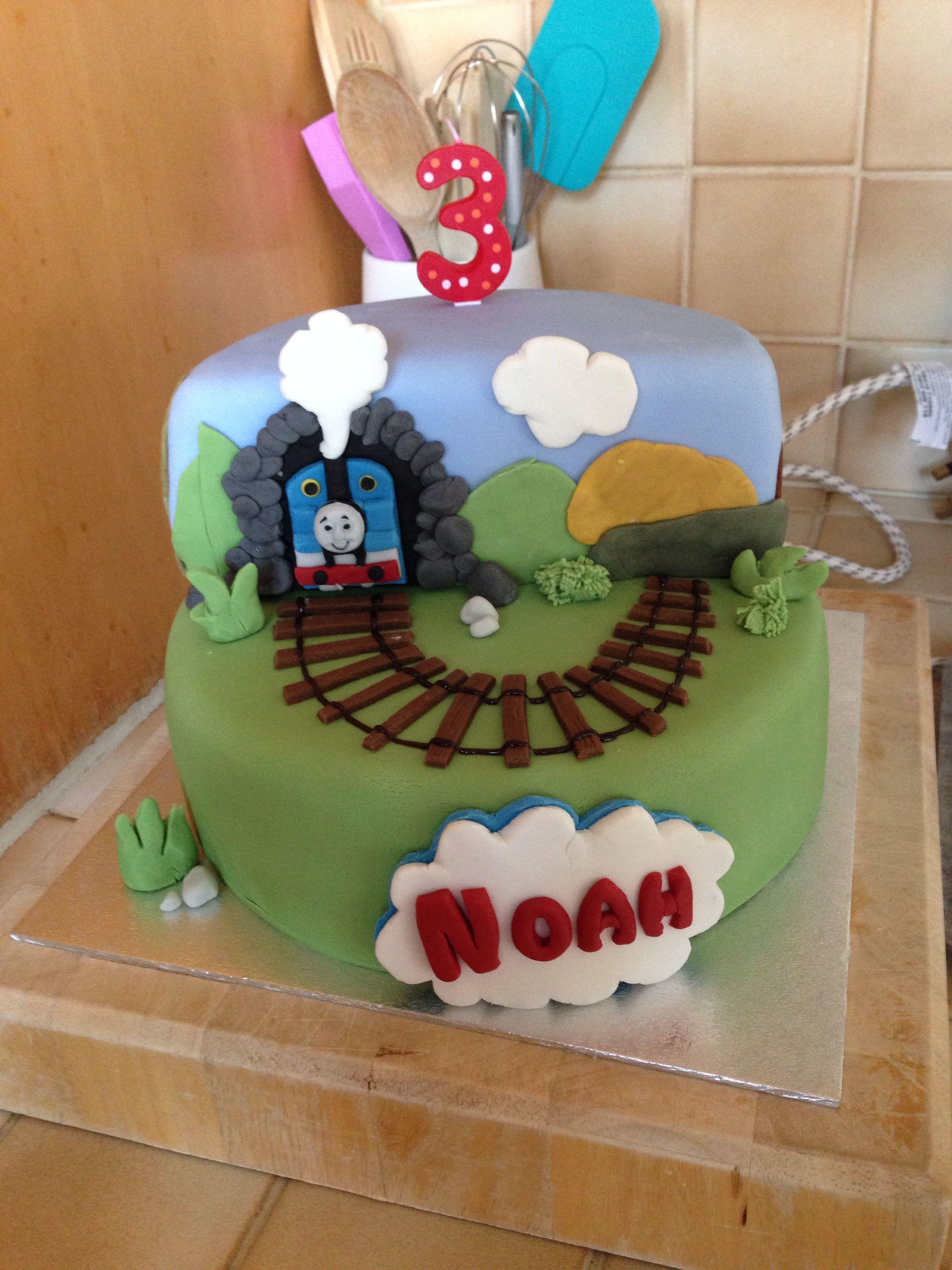 Thomas the tank engine 2 tier cake. Bottom tier is velvety ...