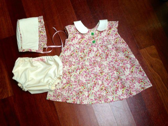 Diy Vestido Burda, capota, cubrepañal y zapatos bebé
