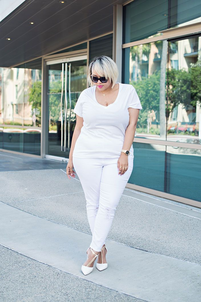669ae68e6f6 plus-size-all-white-outfit-jeans-2015