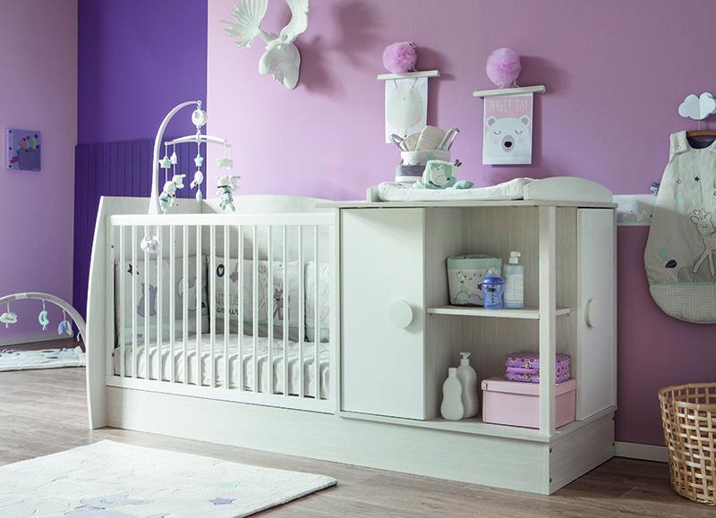 Lit Chambre Transformable Iliade De Bebe Lune Avec Le Theme Noisette De Sauthon Baby Deco Chambre Bebe Idee Chambre Lit Transformable
